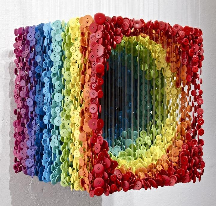 augustoesquivelbuttonsculptures3