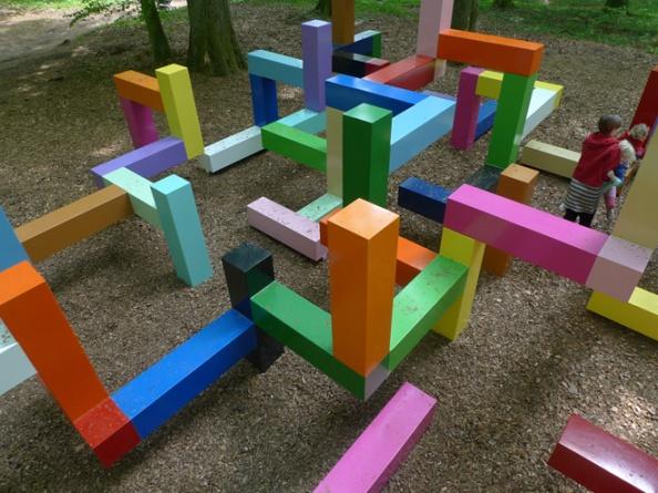 spazio di gioco a labirinto