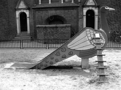 Pavone playground