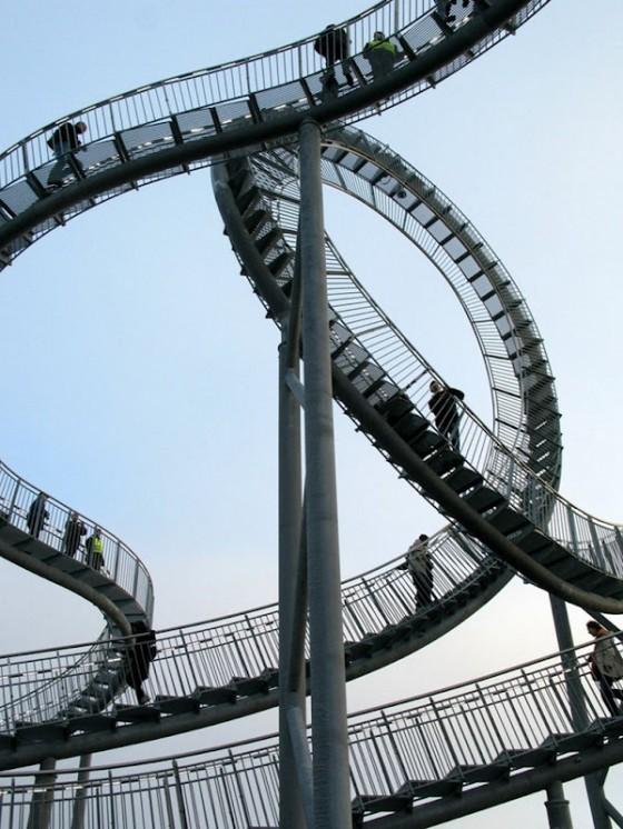 Tiger-Turtle-Lopera-progettata-come-un-rollercoaster3-e1360029787361