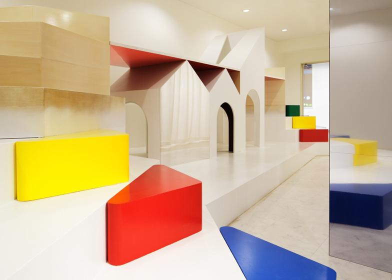 dezeen_Pixy-Hall-by-Moriyuki-Ochiai-Architects_ss_3